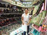 ベトナムへ行く。④  ~ベンタン市場で食器購入~_f0232060_1547713.jpg