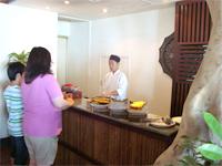 ベトナムへ行く。⑧  ~鯉と私の朝食~ _f0232060_1641024.jpg