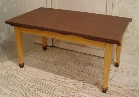 センターテーブルを本革でリメイクしました!!!_a0096367_22232628.jpg
