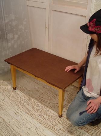 センターテーブルを本革でリメイクしました!!!_a0096367_22235752.jpg