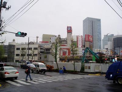 さよなら交通博物館 建物の解体状況(6)_f0030574_22213120.jpg
