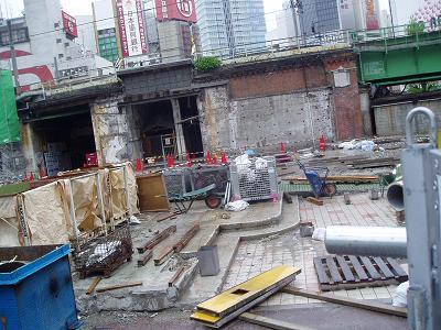 さよなら交通博物館 建物の解体状況(6)_f0030574_2228599.jpg