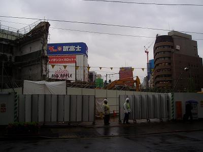 さよなら交通博物館 建物の解体状況(6)_f0030574_22332329.jpg