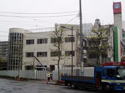 さよなら交通博物館 建物の解体状況(6)_f0030574_22334158.jpg
