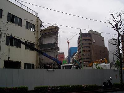 さよなら交通博物館 建物の解体状況(6)_f0030574_22405237.jpg