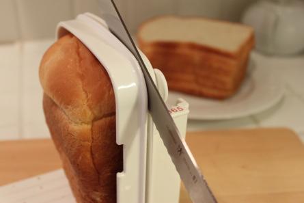 日本の材料でホームベーカリー食パンを焼いてみました。_d0129786_141239.jpg