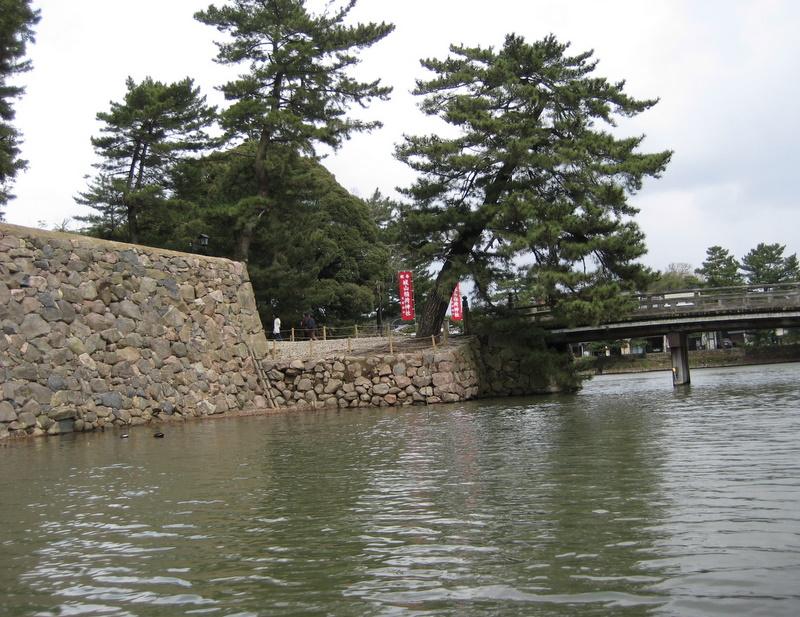 城下町を歩く(4)松江城堀川めぐり_c0013687_2233965.jpg
