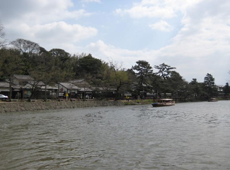 城下町を歩く(4)松江城堀川めぐり_c0013687_2243216.jpg