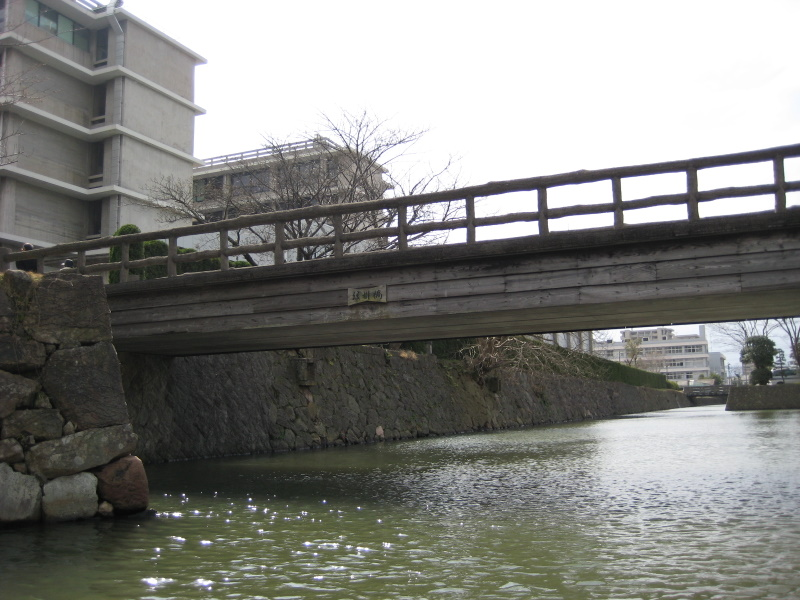 城下町を歩く(4)松江城堀川めぐり_c0013687_224571.jpg
