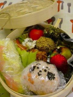 ベビゴンお料理教室・・・春のkids弁当。_f0177295_11363055.jpg