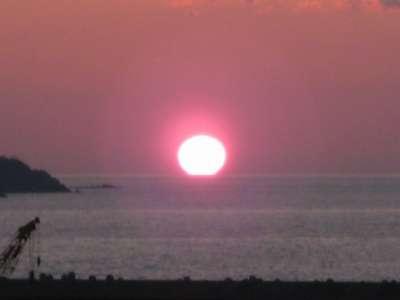 ★地球のむこうは日の出かな~♪_d0135908_2294778.jpg