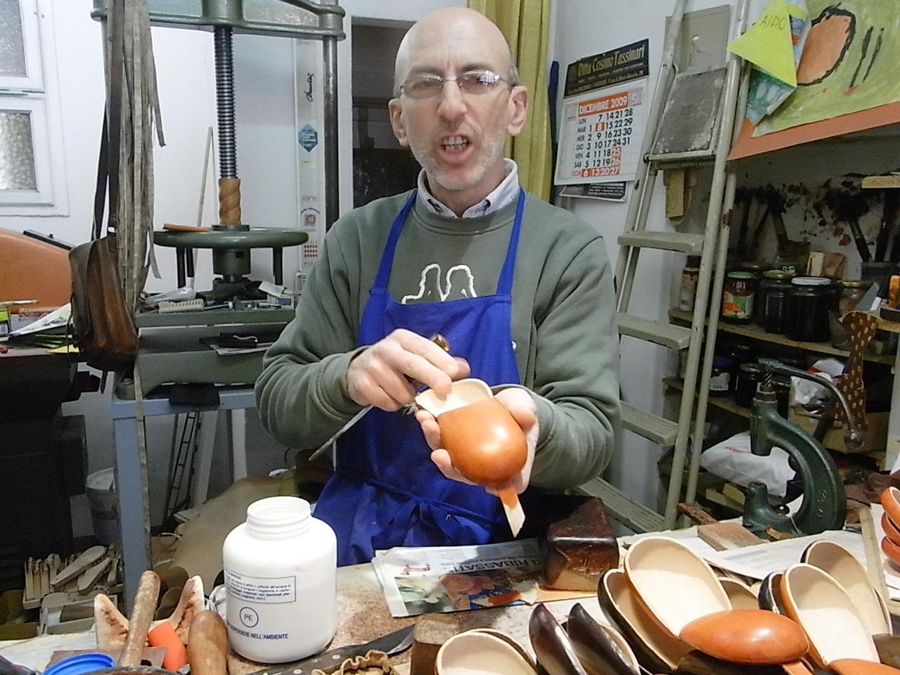 ピーノの革の店・IL BUSETTO in  フィレンツエ_c0202060_228860.jpg