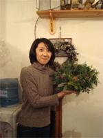 花修行 ~クリスマスのフレッシュリース~ _f0232060_1932368.jpg