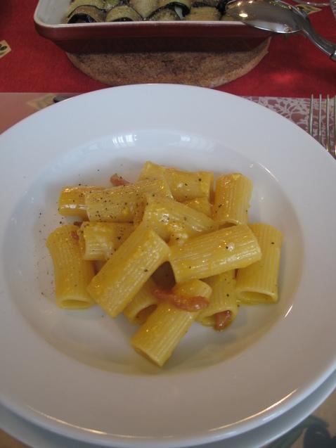 究極のカルボナーラ☆ イタリア料理教室4月 NO1_f0215714_17584869.jpg