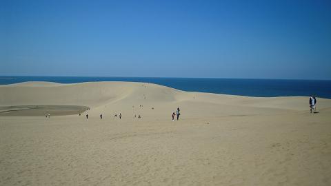 旅の終わりは鳥取大砂丘 ~西国桜旅⑧_b0050651_14171990.jpg