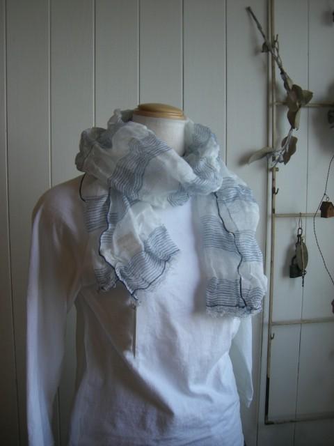 ストールとかシャツとか・・・_a0164280_10394581.jpg
