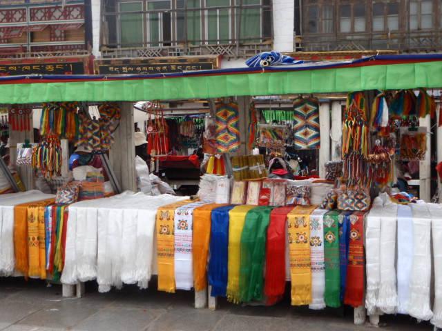 Lhasaの街歩き_e0182138_18124652.jpg