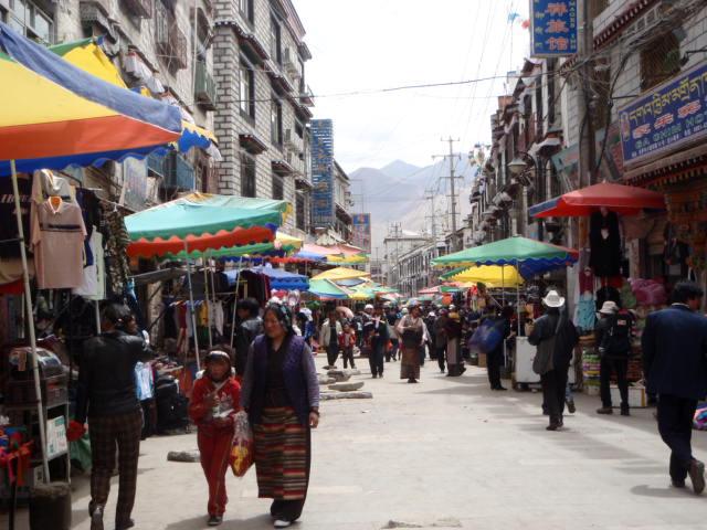 Lhasaの街歩き_e0182138_18291632.jpg