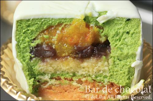 『バードゥショコラ』お茶とフルーツのケーキ【テ・ヴェール】_c0131054_1733994.jpg