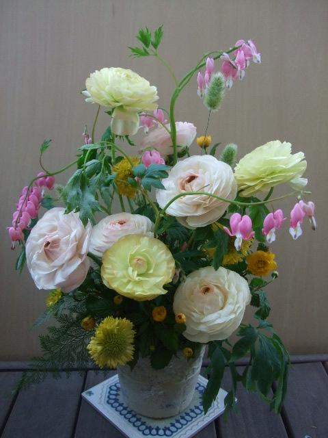 オークリーフ(結婚39周年お祝いのアレンジメント)_f0049672_16428.jpg