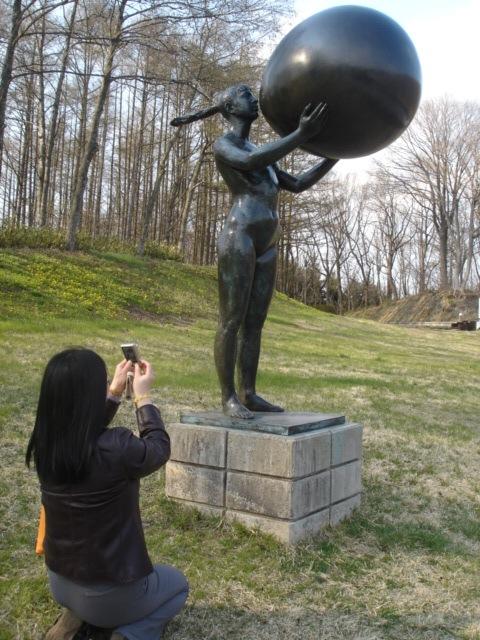 彫刻の丘へ_e0019167_13426.jpg