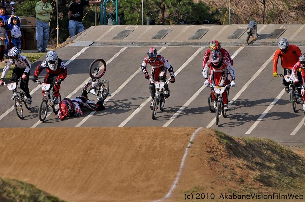2010中越チャレンジカップVOL1:BMXオープンクラス決勝_b0065730_15425369.jpg
