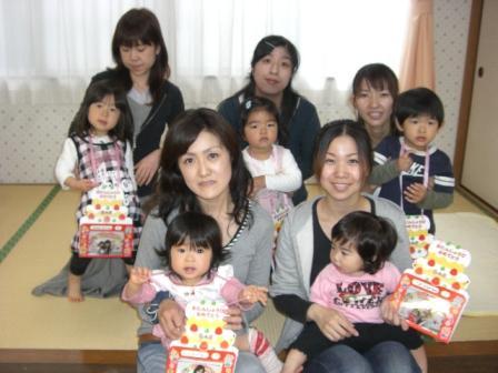 2010.04.27  4月のお誕生会_f0142009_11282272.jpg