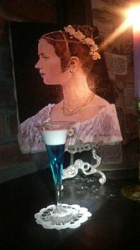 ヴィクトリア女王とヴィクトリア朝グラス_d0011635_14145820.jpg