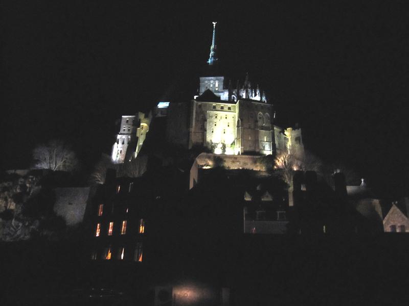 フランスへGO♪♪^^♪♪ 〜夜のモンサンミッシェル♡〜_f0119369_1637972.jpg