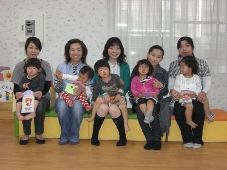 2010.05.07  子どもの日・母の日 お楽しみ会_f0142009_13252770.jpg