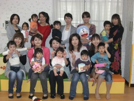 2010.05.07  子どもの日・母の日 お楽しみ会_f0142009_13291595.jpg