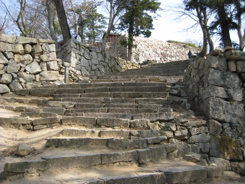 城下町を歩く(7)備中松山城、登城_c0013687_6315735.jpg