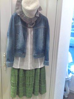 グリーンのスカート♪_f0126121_18431275.jpg