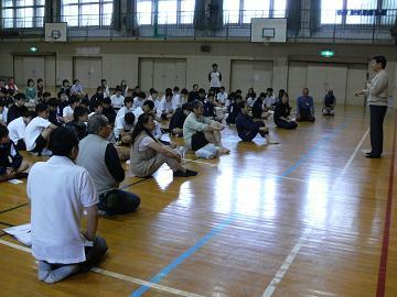 第141回は、5月9日、貝塚市立第4中学校様でした。_e0180838_1639476.jpg