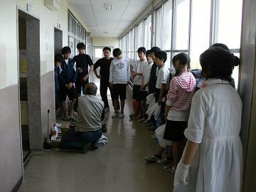 第141回は、5月9日、貝塚市立第4中学校様でした。_e0180838_177668.jpg