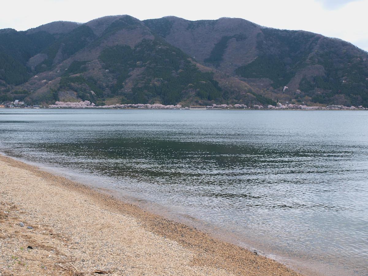 滋賀 春の琵琶湖を一周ブログ旅_f0021869_2301676.jpg