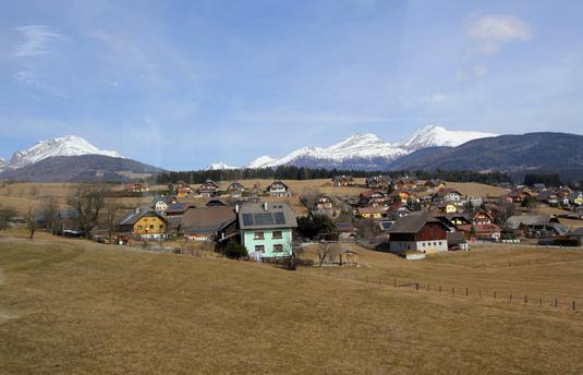 10オーストリア・スイスのパッシブハウス・木造多層階研修24_e0054299_1311957.jpg