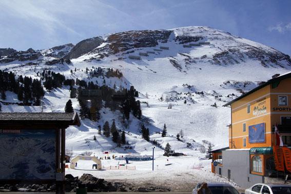 10オーストリア・スイスのパッシブハウス・木造多層階研修24_e0054299_13595260.jpg