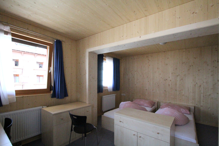10オーストリア・スイスのパッシブハウス・木造多層階研修25_e0054299_14101497.jpg
