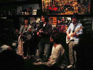三沢洋紀とゆふいんの森 at 福岡_d0156406_2118241.jpg