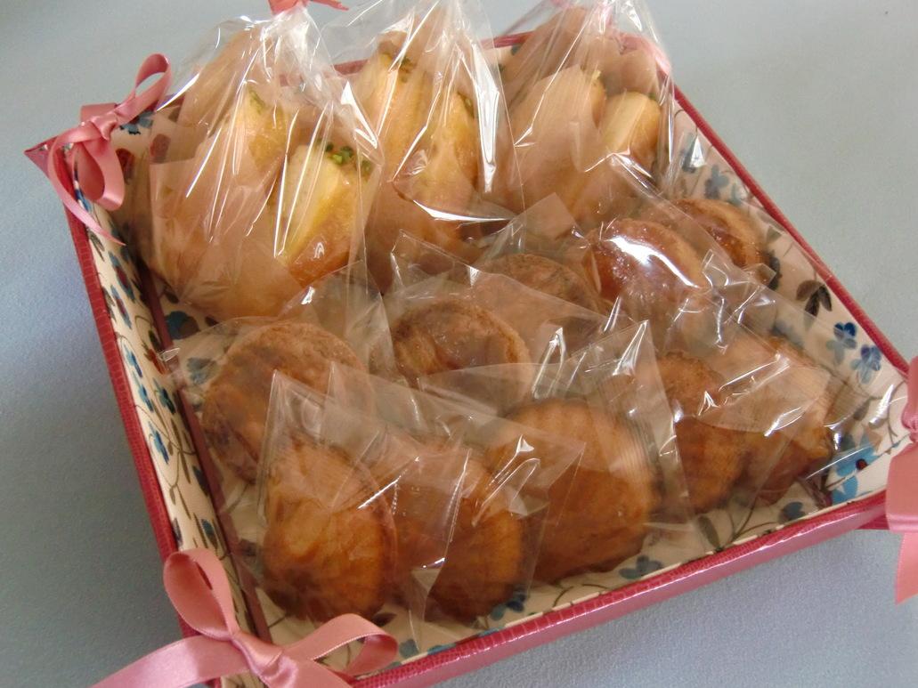 リボントレーと焼き菓子_f0214388_149672.jpg