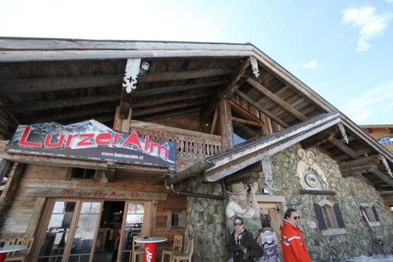 10オーストリア・スイスのパッシブハウス・木造多層階研修27_e0054299_1355040.jpg