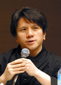 マスコミ崩壊:ついにここまで来たか、日本の芸能界! 頑張れ上杉隆!!_e0171614_1745188.jpg