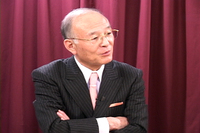マスコミ崩壊:ついにここまで来たか、日本の芸能界! 頑張れ上杉隆!!_e0171614_17501786.jpg