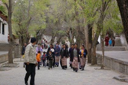 チベットの旅  Day 4 続・ラサの名所いろいろ_e0114020_6525916.jpg