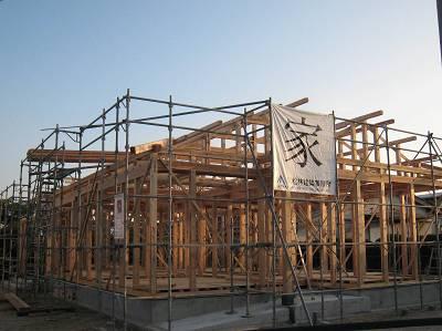 建ち家_b0161750_21503331.jpg