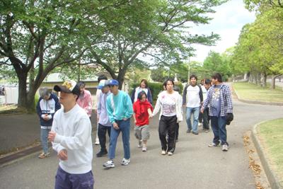 5/12施設間交流で中部台公園に行きました。_a0154110_15254915.jpg