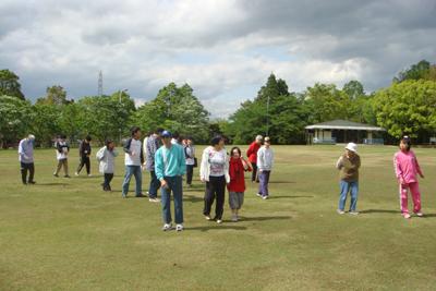 5/12施設間交流で中部台公園に行きました。_a0154110_15255675.jpg