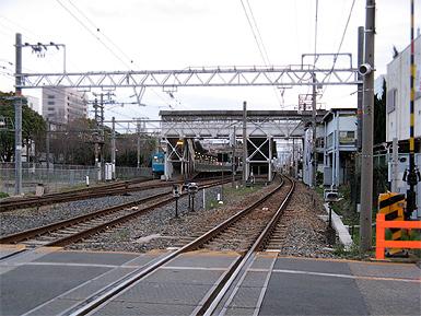 JR杉本町駅ー東口設置後の学内通学路_c0167961_12345244.jpg