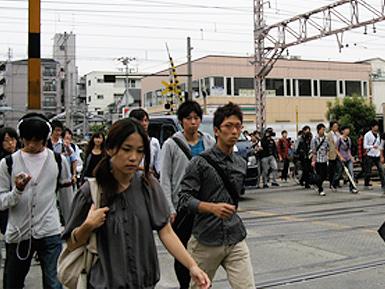 JR杉本町駅ー東口設置後の学内通学路_c0167961_12351510.jpg
